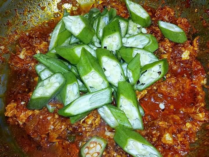 sambal telur bendi resepi mudah senang cukup makan  nasi panas Resepi Masak Lemak Cili Api Betik Muda Enak dan Mudah