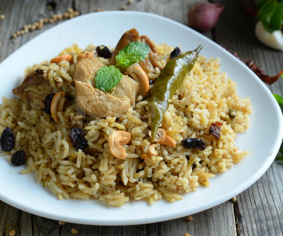 Resipi Nasi Bukhari Ayam Untuk Sajian Pagi Raya. Mudah & Sangat Sedap!
